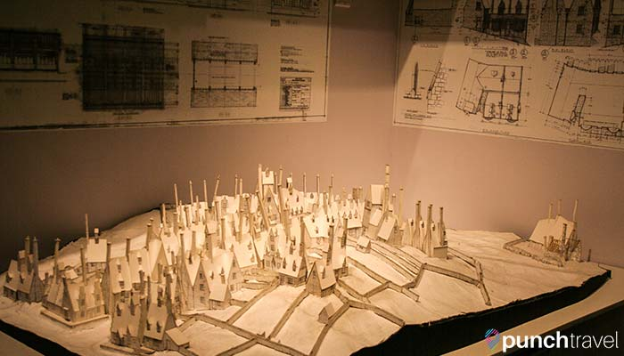 harry-potter-studio-tour-london-hogsmeade-model