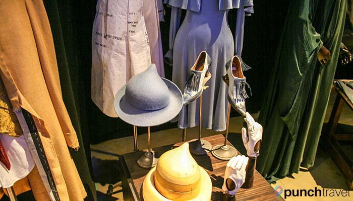harry-potter-studio-tour-london-costumes2
