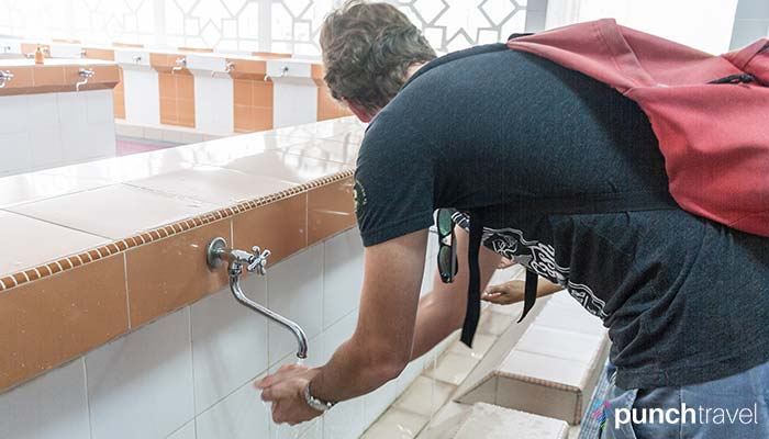 malaysia-federal-territory-mosque-ablutions