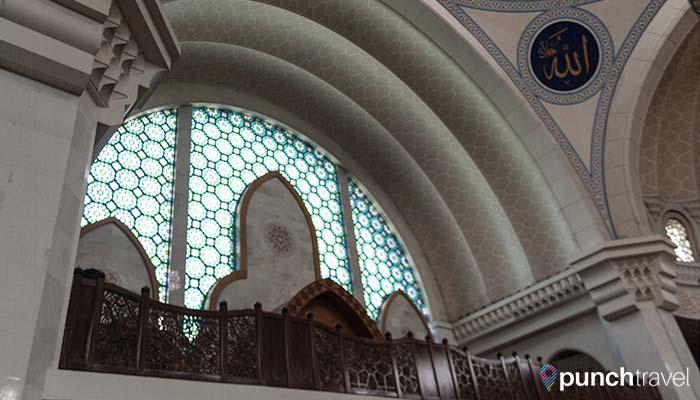malaysia-federal-territory-mosque-prayer-hall3