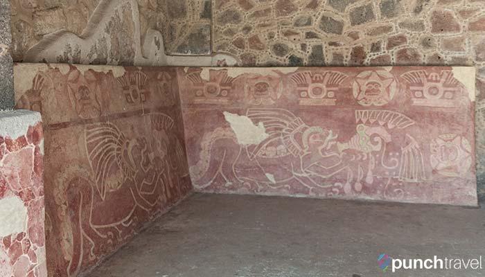 teotihuacan-palace-jaguars