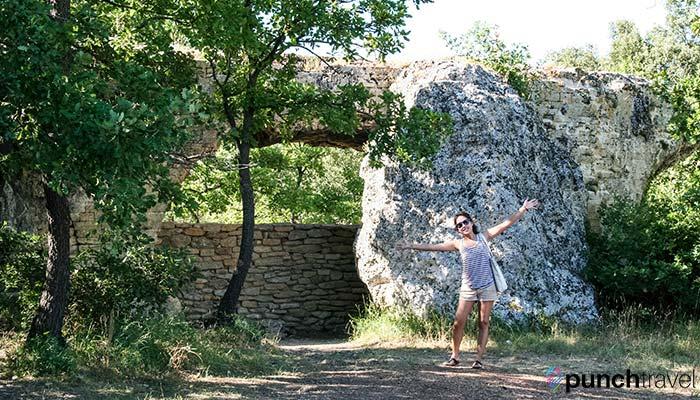 france-pont-du-gard-stone-wall