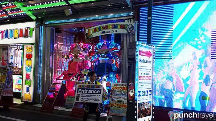 robot_restaurant_tokyo-1