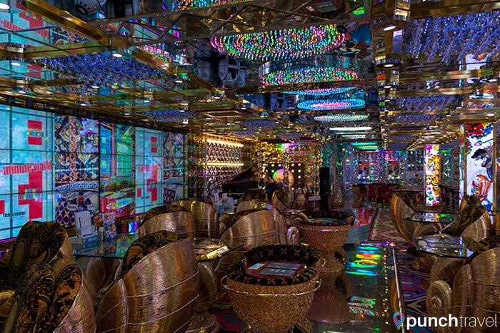robot_restaurant_tokyo-13