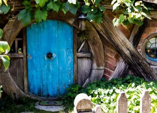 hobbiton_new_zealand-top