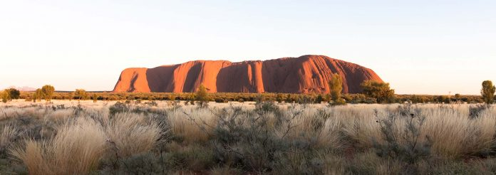 uluru_ayers_rock_australia-top