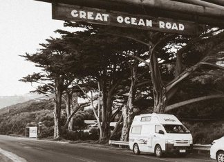 great_ocean_road_australia-top